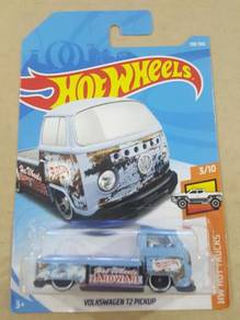 HotWheels Volkswagen T2 Pickup Light Blue 2018