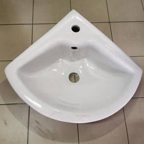 Corner ceramic basin / sinki / sink