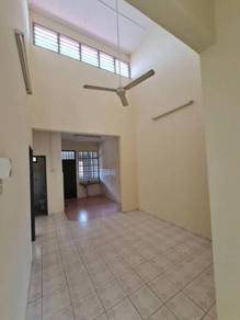 Perling Landed House 3b2t For Rent, Good Condition, Low Rental