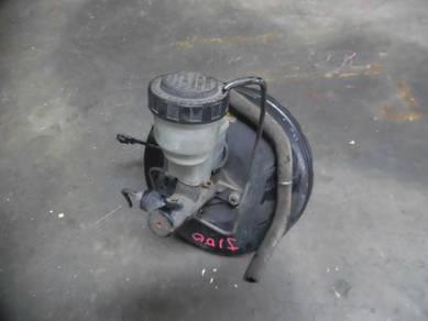 Daihatsu kembara j100 brake master pump