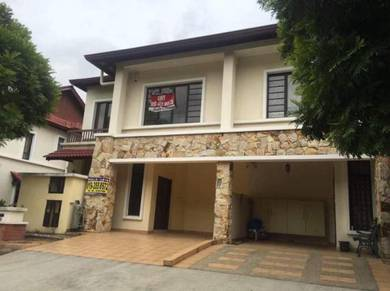 End Lot 2 Storey precint 14c for sale