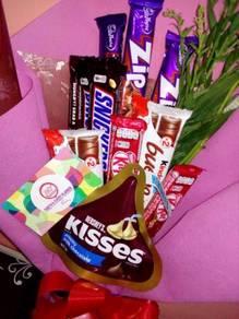 Hadiah Jambangan Bunga dan Coklat Fererro
