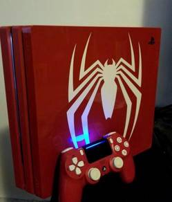 PS4 Marvel Spider Man x FigPin Brand new