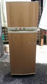 Fridge Gold Star Peti Ais Freezer Ice Refrigerator