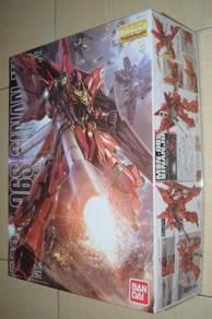Gundam MG 1/100 MSN-06S Sinanju Bandai