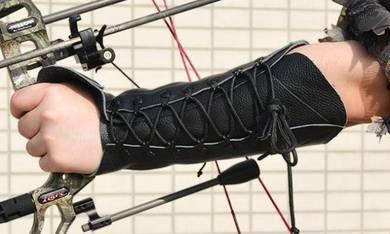 Archery - Arm guard with arrow rest glove 02