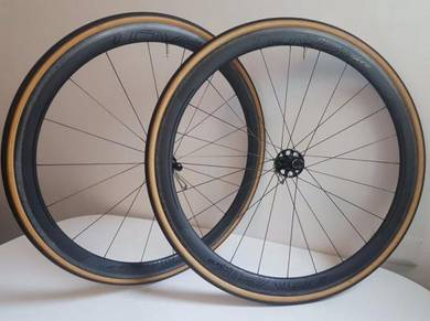 Specialized Roval CLX40 Carbon Road Clincher Wheel