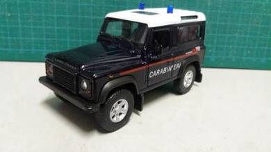 Land Rover Defender Polis