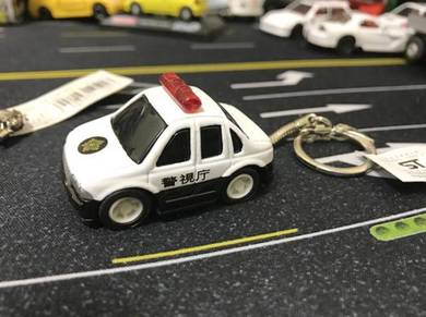 Cute diecast cop car keychain from japan
