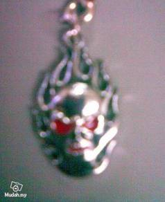 ABPSM-S010 Silver Skull Red Eye Style Necklace