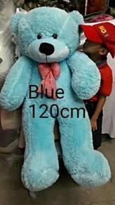 Teddy bear new blue