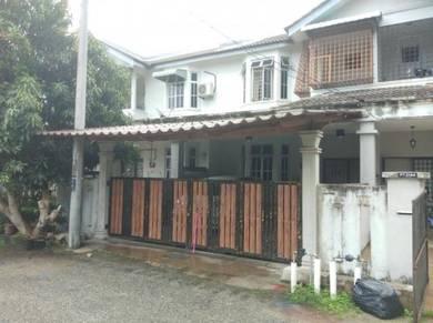 Teres 2 tingkat tengah bandar Kuala Terengganu