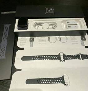 Apple watch series 4 44MM Gps Nike