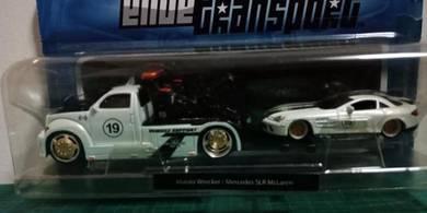 Maisto Wrecker + Mercedes SLR McLaren
