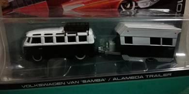 Volkswagen Van Samba + Alameda Trailer