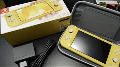 Nintendo Switch lite free case