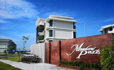 Meadow Park, Kampar (with Aircon) for rent
