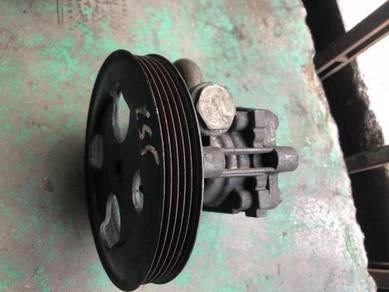 Mitsubishi Lancer Cedia CS5W power steering pump