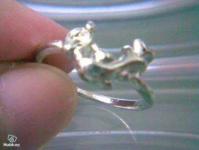 ABRSM-D027 Silver Metal Cute Lovely Dolphin Ring