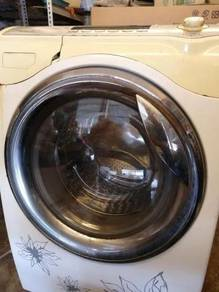 Front Loader Washing Machine 12 kg / Dry 7 kg