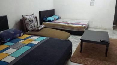 Hasimah GuestHouse Indera Mahkota 6A