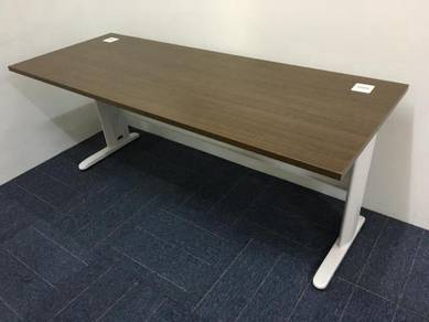 6� office table