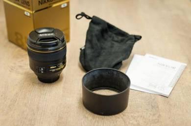 Nikon 85mm F/1.4 AF-S G Lens