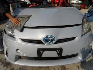 Toyota prius half cut 1.8