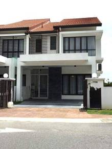 Double Storey Teres House End Lot Tenun Alam Impian (reno )