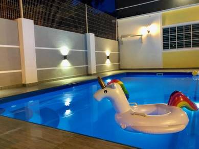 Private Swimming Pool Guest House