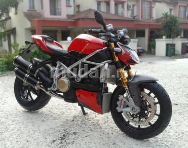 Ducati Street Fighter S