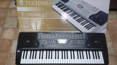 Techno T9600ig2 Standard Keyboard