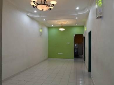 Single Storey Taman Puteri Wangsa / Ulu Tiram / Below Market Value
