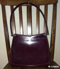 Shoulder Bag Leather Authentic BALLY