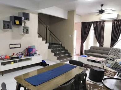 Guarded double storey with nice renovated unit Kangkar Pulai