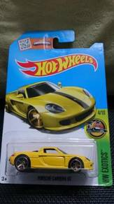 Hotwheels Porsche Carrera GT not Tomica