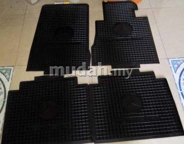 Mercedes rubber mat