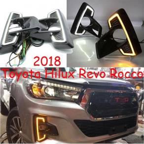 Toyota hilux revo rocco fog lamp led drl w/signal