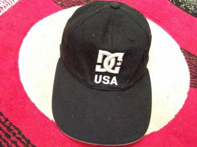 Dcshoes embroidered cap free size