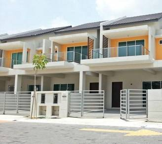 New Double Storey Terrace Gated Guarded At Pearl Residence