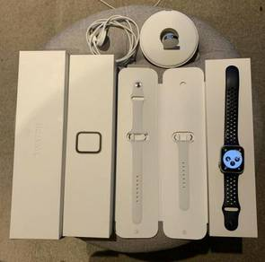 Apple Watch Series 4 GPS + Cellular 44 mm Silver