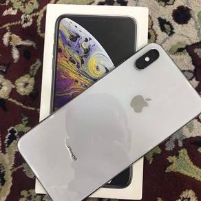 Iphone xs max 64gb second hand same like new