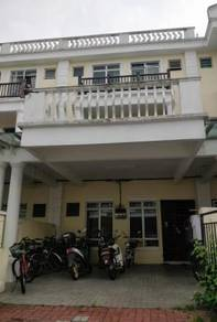 3 Storey House near to UTAR, easy to rent. market value more than 600k