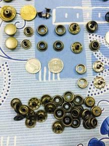 Redmoon Wallet Brass Accessories 8