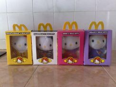 Patung hello kitty mcdonalds soft toy