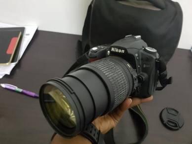 Nikon D90 fullset 18-105mm zoom lens