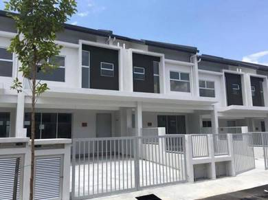 2 storey camellia residence (phase 2), bandar tasik kesuma for rent