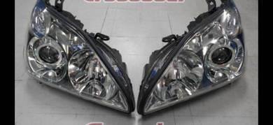 Toyota harrier mcu30 03-11 RX300 head lamp ( NEW )