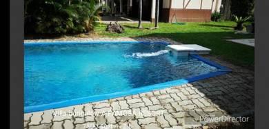 Below value bungalow pool a famosa resort alor gajah