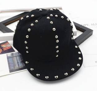 Snag black cap